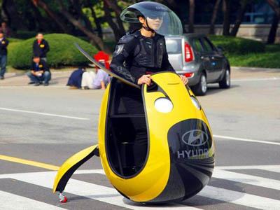 Одноместный электромбиль-яйцо HYUNDAI E4U
