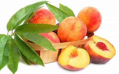 Три персика в день помогают при раке груди
