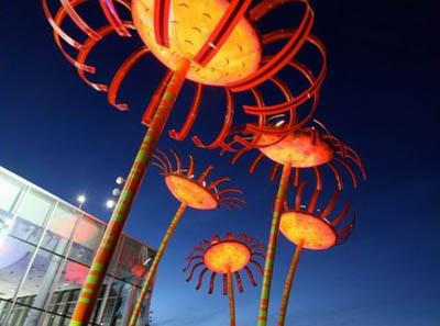 LED-подсветка от Дэна Корсона. «Солнечные» арт-объекты на улицах Портленда и Сиэтла