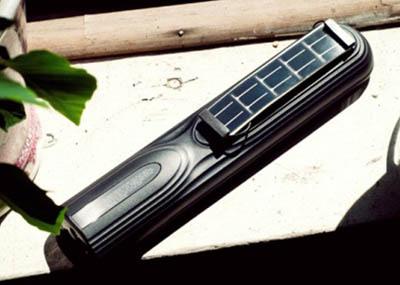 SunMod - зарядное устройство для аккумуляторов AA, работающее на солнечной энергии
