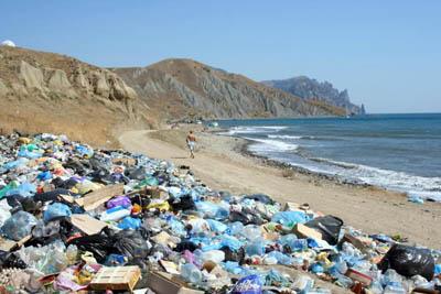 Европарламент предложил на 80% сократить объемы пластикового мусора в ЕС