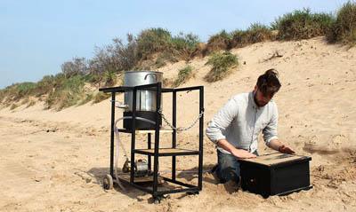 Строительный материал из песка, мочи и бактерий