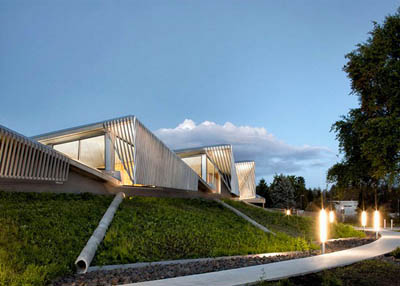 Экологичный офис станции очистки ливневых и сточных вод по проекту Skylab