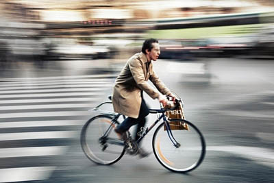 Во Франции начали платить тем, кто ездит на работу велосипедом