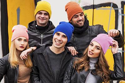 Вязаные шапки на зиму: согревайся красиво!