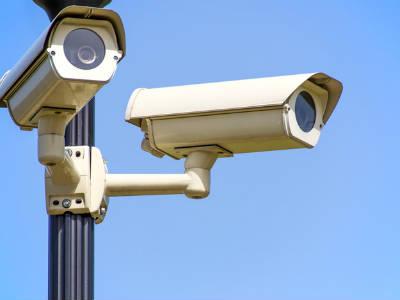 Де використовують камери відео-спостереження?