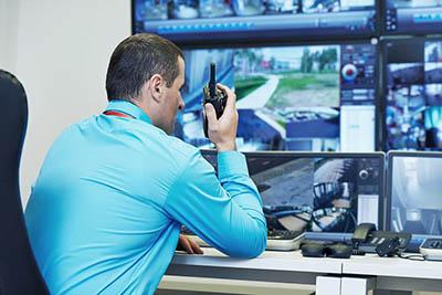 Видеонаблюдение на производстве: безопасность хранения и контроль рабочего процесса